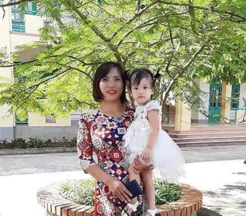 Cô Nguyễn Thị Hiền, Phó Hiệu trưởng phụ trách trường mầm non Pú Hồng - tấm gương tiêu biểu trong công tác xã hội hóa giáo dục huyện Điện Biên Đông